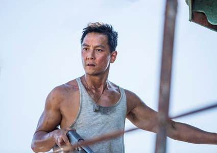 tat-tan-tat-ve-phim-bom-tan-tomb-raider-2018-sap-ra-rap 9